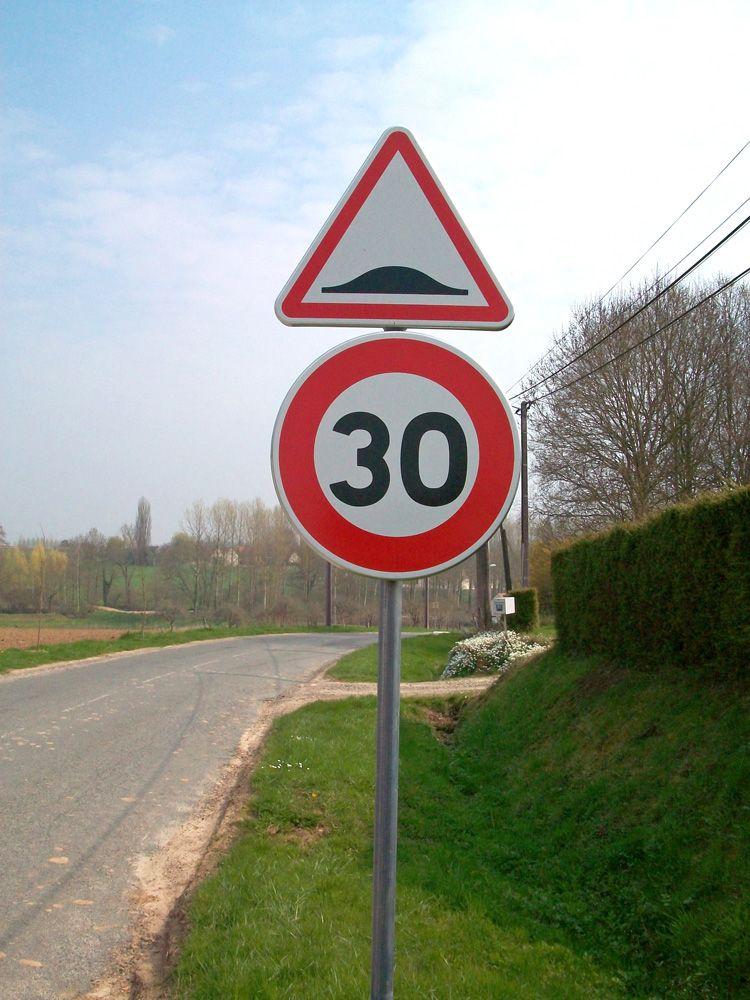 Les Ralentisseurs De Vitesse Dans Le Code De La Route