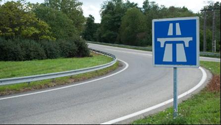 panneau-autoroute-bretelle-entree