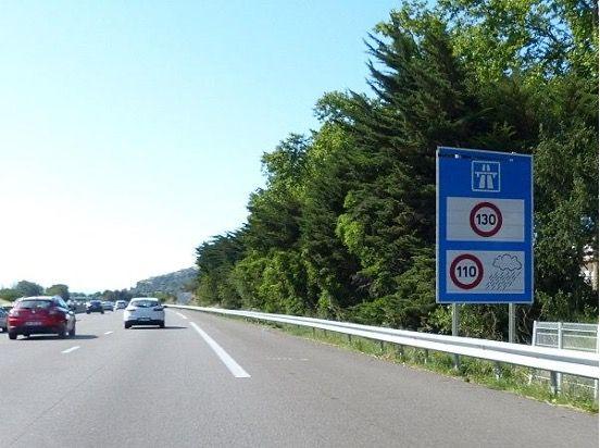panneau-limitation-vitesse-autoroute