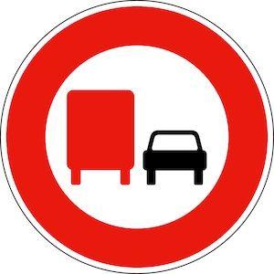 panneau-b31-interdiction-depasser-poid-lourd
