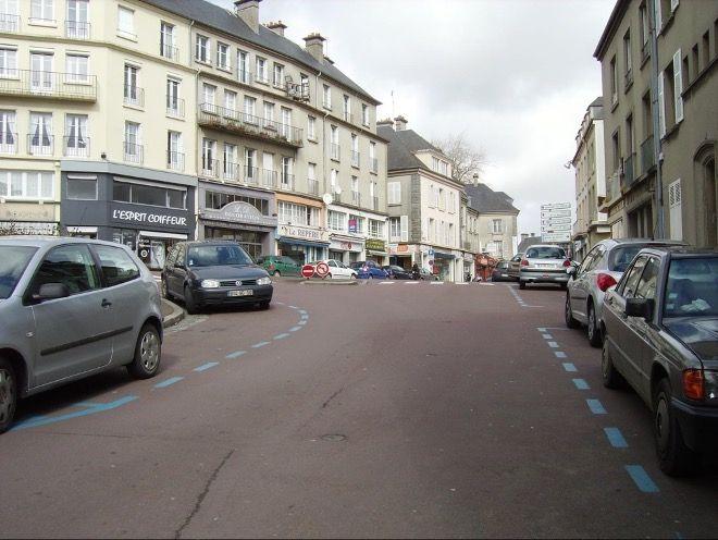 marquage-sol-bleu-place-stationnement-disque