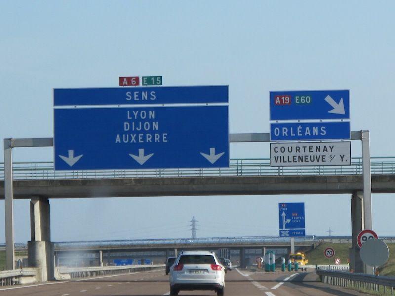 panneau-direction-autoroute